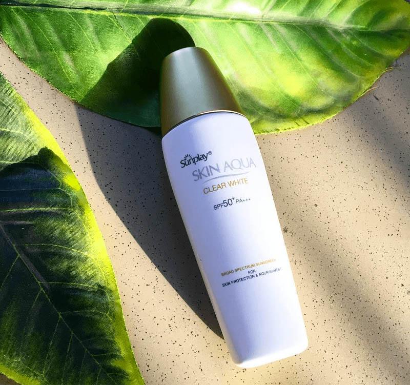 Sữa chống nắng dưỡng ẩm Sunplay Skin Aqua